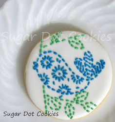 Sugar Dot Cookies: Vintage Pattern Embroidered Sugar Cookies with Royal Icing