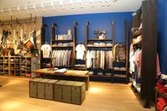 Pepe Jeans, New concept store. Apparel retail store fixtures.