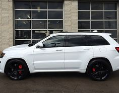 2014 Jeep Grand Cherokee, Cherokee Srt8, Jeep Cherokee Accessories, Jeep Wrangler Girl, Jeep Srt8, Badass Jeep, Lux Cars, Dodge Journey, Custom Jeep