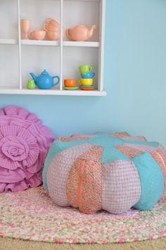 For reading nook. Stuff To Do, Fun Stuff, Diy Pouf, Floor Cushions, Reading Nook, Home Crafts, Bean Bag Chair, Home Goods, Recycling