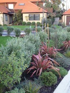 Whitby Lakes Retirement Village Gardens 043.jpg