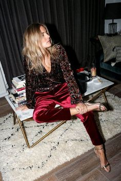 Awesome Holiday Style Christmas Outfit Ideas For Women Look More Pretty Mode Outfits, Fashion Outfits, Womens Fashion, Moda Fashion, Party Fashion, Fashion Fashion, Topshop, Estilo Casual Chic, Outfit Elegantes