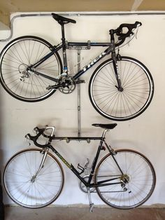 Best space-saving bike rack solutions – The Owner-Builder Network Space Saving Shelves, Small Space Storage, Garage Bike, Diy Garage, Garage Organization, Garage Storage, Rack Solutions, Range Velo, Bike Storage Rack