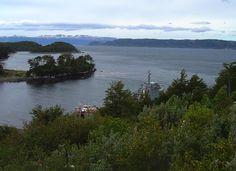 """Puerto Toro, Isla Navarino. """" tomada hacia el Canal Beegle desde Retén de Carabineros"""""""