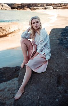 On the Rocks–Photographer Emily Abay and stylist Ivana Martyn-Zyznikow team up for this beachside story featuring transitional fashion pieces great for fall and summer weather