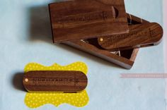 Usb flash stick wedding memory wood box