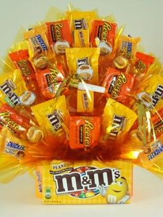 Any Occasion & Get Well - Sweet Celebrations by Stacey Candy Boquets, Candy Bar Bouquet, Gift Bouquet, Candy Arrangements, Candy Centerpieces, Candy Gift Baskets, Raffle Baskets, Bar A Bonbon, Candy Crafts