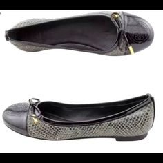 Authentic Tory Burch Verbena ballet flats Iconic Verbena flats in smoke roccia/black. Only worn a few times as seen in pics. Size 5.5 fits true to size & is lightweight. Comes with box Tory Burch Shoes