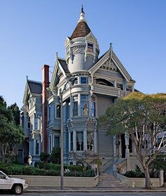 another pinner: Large, majestic San Francisco Victorian with tons of architectural details, but it sure does have a washed-out look.  In the home of Painted Ladies, they can do better than this.  The turret, 4 stories up, is stunning.
