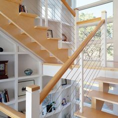 Staircase Photos Split-level Design, Pictures, Remodel, Decor and Ideas - page 3