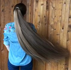 Long Hair Ponytail, Bun Hairstyles For Long Hair, Long Braids, Beautiful Long Hair, Young And Beautiful, Perfect Ponytail, Playing With Hair, Female Images, Her Hair