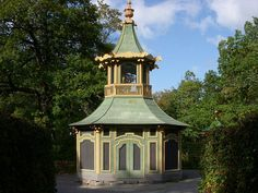 Chinoiserie Garden Folly