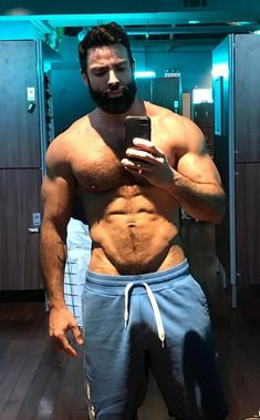 Do you exercise everyday in terms of not only your body, but workout your mind, and active to sexual performance too? Muscle Hunks, Muscle Men, Lgbt, Bear Men, Hairy Chest, Alpha Male, Athletic Men, Male Physique, Hairy Men