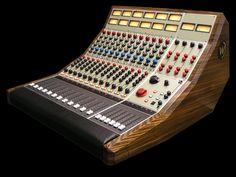 """Wunder Audio """"Wunderbar"""" 12 Channel Console"""