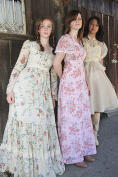 Amazing GUNNIE SAX by Jessica Prairie country floral dress S/M