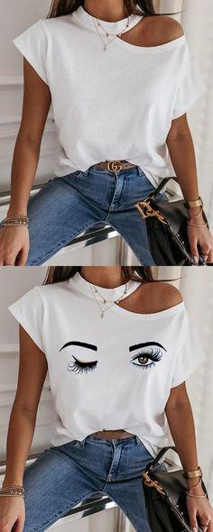 Diy Cut Shirts, Diy Shirt, Cut Shirt Designs, Diy Clothes Design, Diy Fashion, Fashion Outfits, Cool Outfits, Casual Outfits, Loose Tops