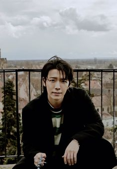 Lee Donghae, Eunhyuk, Super Junior Donghae, Dong Hae, Actresses, Asia, Entertainment, Friends, Fall