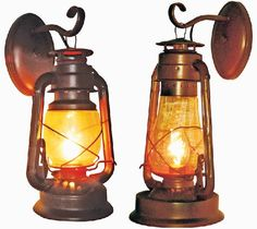 Lighting idea (find in LED) for the saloon game room Western Bathroom Decor, Rustic Western Decor, Country Decor, Western Style, Rustic Lighting, Home Lighting, Western Rooms, Ranch Decor, Western Furniture