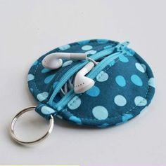 earphone case via: Singer Sewing Studio