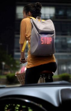 Lee Myung Su | SEIL Backpack uses LED lights to display traffic signals | http://www.leemyungsu.com/