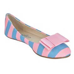 (http://www.lillybee.com/delta-gamma-flats-and-rose-bow/) @deltagamma