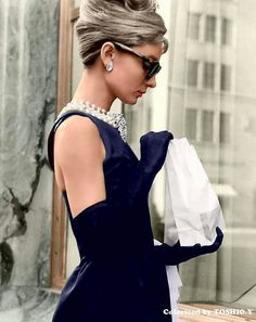 . Golden Age Of Hollywood, Classic Hollywood, Old Hollywood, Audrey Hepburn Breakfast At Tiffanys, Holly Golightly, Beautiful Actresses, Fashion Photography, Vintage Fashion, Celebs
