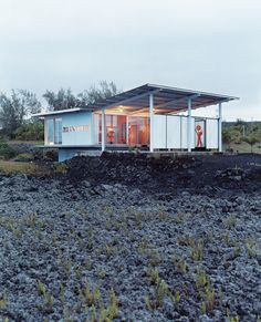 On the Puna coast of the Big Island, architect Craig Steely & family built their home in the middle of a lava field.  This area is not typical Hawaii; more like living on the moon.