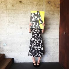 Artist Cordula Opitz is wearing the dress that inspired her to create her painting. Mother In Law, Simple Photo, Vintage Dresses, Artist Fashion, Paris, Photo And Video, Inspired, How To Wear, Painting