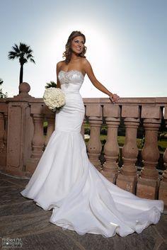 Copper River, Clovis, CA, Wedding photography, bride groom, palm trees, sunset, flowers, dress, Vail, kiss