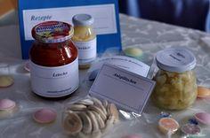 Eierlikör, Letscho, Apfelkompott, Anisplätzchen und Schoko-Karamell-Bonbons.