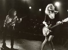 Courtney Love fronting Hole