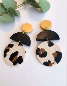 Diy Clay Earrings, Wooden Earrings, Earrings Handmade, Etsy Earrings, Handmade Jewelry, Craft Jewelry, Dangle Earrings, Handmade Gifts, Polymer Clay Crafts