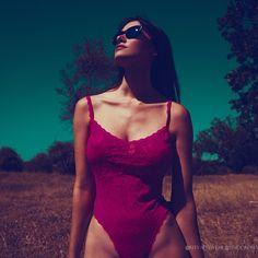 Amazing @saramalakul wearing #reevaeyewear. Get a pair of sunglasses for you at www.reevaeyewear.com. Photo by @ohrangutang