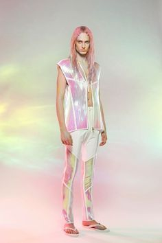 Yuima Nakazato, 2013 S/S Collection Space Fashion, High Fashion, Fashion Show, Fashion Outfits, Iridescent Fashion, Space Grunge, Future Fashion, Retro, Editorial Fashion