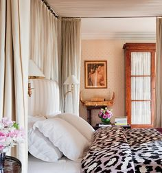 Bedroom Bliss. Bold bedding is easy to play with in this neutral bedroom.