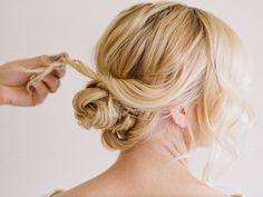 Easy Updo Frisuren für Prom - Ein Segen für krauses Haar