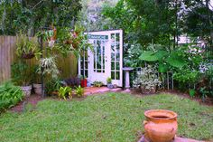 My Houzz: Family Heirlooms Decorate a Florida Bungalow - Nice re-use of materials!
