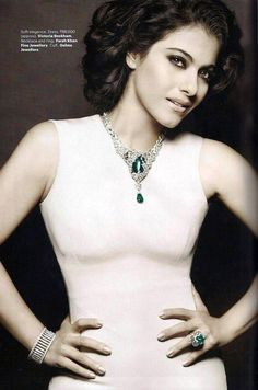 The Stunning Kajol wearing necklace & ring by Farah Khan Ali