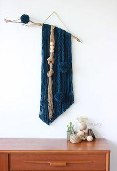 tapiz azul marino Jesus Sauvage