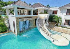 I am in love with this pool, all that's missing is a water slide!!!