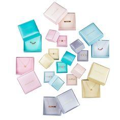 Box Color #present #cadeau #minitials