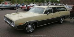 1973 Plymouth Satellite Regent wagon  left front side.