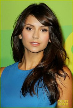 We have gathered a set of hottest ever pictures of Nina Dobrev. Our collection of Nina Dobrev pictures covers her style, dressing, photo-shoots and common life pictures of Nina Dobrev. Nina Dobrev Hair, Hot Brunette, Dream Hair, Hair Today, Hair Dos, Cut And Color, Pretty Hairstyles, Look Fashion, Brunettes