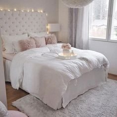 15 Famous Bedroom Ideas With Beautiful Rug Decor 12 Girl Bedroom Designs Beautiful Bedroom Decor Famous Ideas Rug Cute Bedroom Ideas, Girl Bedroom Designs, Girls Bedroom, Design Bedroom, Pink Teen Bedrooms, 1980s Bedroom, Pretty Bedroom, Warm Bedroom, Home Decor Bedroom