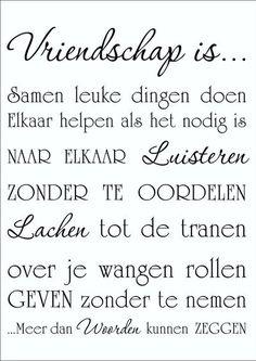Bekijk de foto van woordsticker met als titel Muursticker Vriendschap is...  Woordsticker en andere inspirerende plaatjes op Welke.nl.
