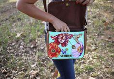 bolsa1 504x350 DIY: Como hacer una hermosa bolsa con estampado floral
