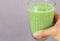 Greenie! – Helene Sprogoe Fat Burning Detox Drinks, Juice Smoothie, Black Beans, I Love Food, Lchf, Granola, Projects To Try, Brunch, Food And Drink
