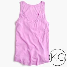 """J. Crew Vintage Cotton Tank in Lilac In excellent pre-owned condition! •Women's size L •16"""" from underarm to underarm, 25"""" from shoulder to hem •100% Cotton •Retail $24.95 no trades nor lowball offers Thank you for shopping in my closet! J. Crew Tops Tank Tops"""