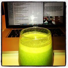 here: http://www.skinnytaste.com/2012/01/skinny-green-monster-smoothie ...
