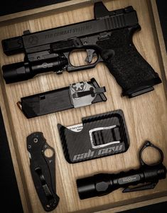 The everyday carry, packing list, survival kit and vagabond equipment gear shop. Edc Tactical, Tactical Rifles, Firearms, Glock Mods, Army Gears, Avatar The Last Airbender Art, Custom Guns, Edc Everyday Carry, Armor Concept